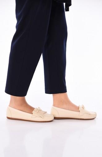 حذاء مسطح بيج 125-06