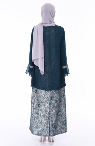 فستان سهرة بتفاصيل لامعة وبروش وبمقاسات كبيرة 3037-04 لون اخضر زمردي 3037-04
