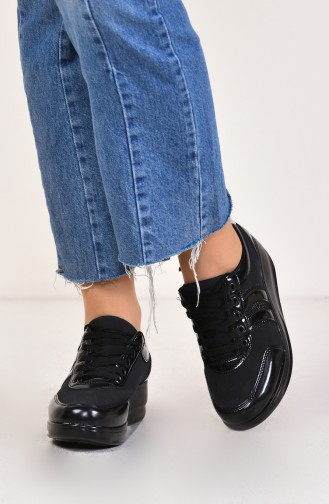 حذاء رياضي مع رباط 0116-04