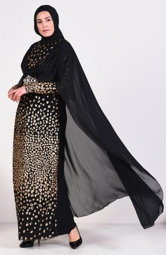 فستان يتميز بتفاصيل من الترتر الامع بمقاسات كبيرة 1004-02 لون أسود 1004-02
