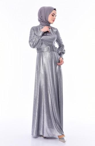 فستان سهرة بتصميم مُحاك بتفاصيل لامعة و حزام للخصر 0050-04 لون رمادي 0050-04