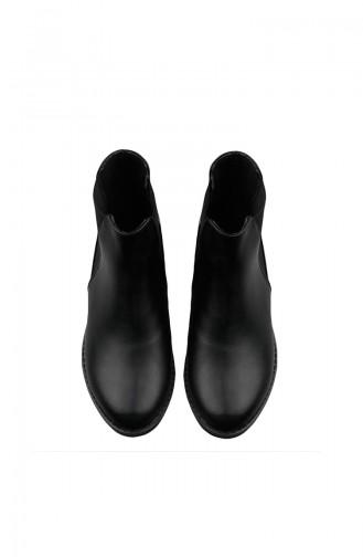 بوط نسائي لون أسود 26038-01
