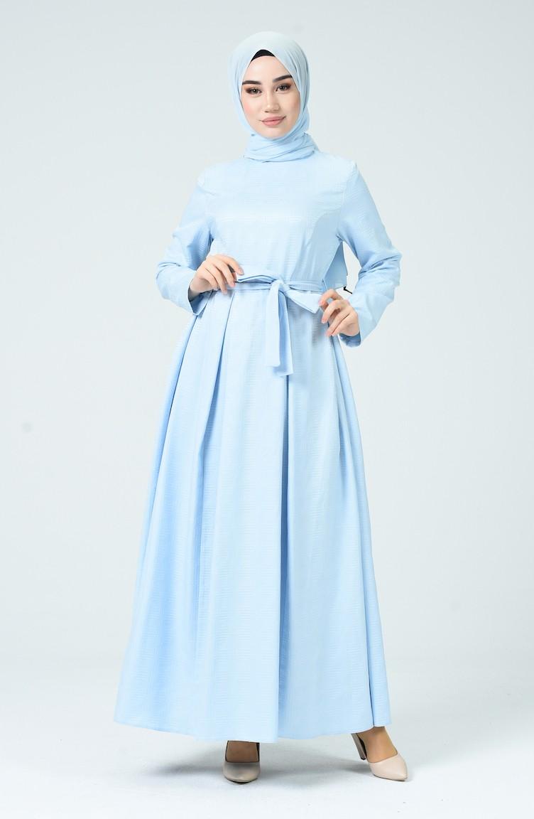 kleid babyblau