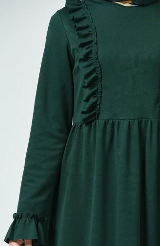 Robe à Froufrous 1424-03 Vert émeraude 1424-03