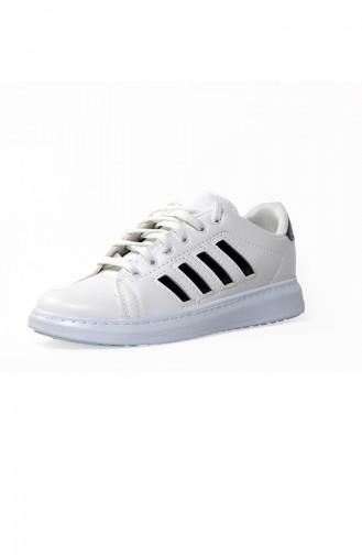 حذاء رياضي نسائي لون ابيض بخطوط سوداء 30050-05