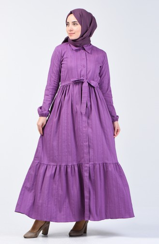 Geknöpftes Kleid mit Band 0014A-03 Dunkel Lilafarbig 0014A-03