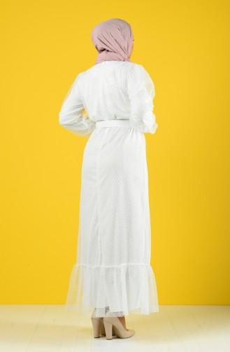 Tüy Detaylı Kemerli Abiye Elbise 2002-04 Beyaz
