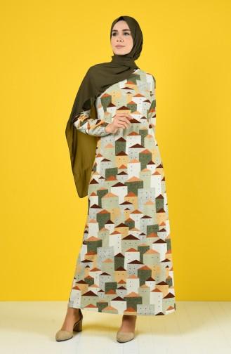 Gemustertes Kleid mit elastischer Arm  8866-02 Mandelgrün 8866-02