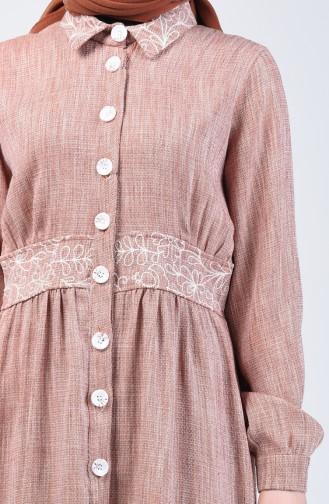 Nakışlı Düğmeli Elbise 7039-02 Tarçın Renk