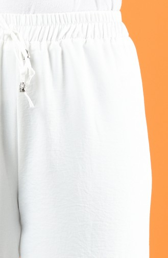 بنطلون بازجل واسعة قماش اروبين لون ابيض 0911-05