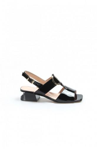 Fast Step Topuklu Ayakkabı Hakiki Deri Siyah Rugan Kısa Topuklu Ayakkabı 064Za731