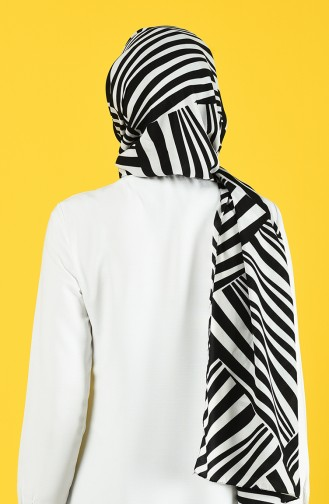 Patterned Medina Silk Shawl 70155-02 Black Off white 70155-02