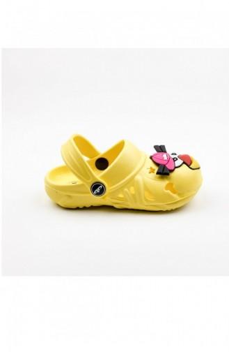 صندل اطفالي لون اصفر 004