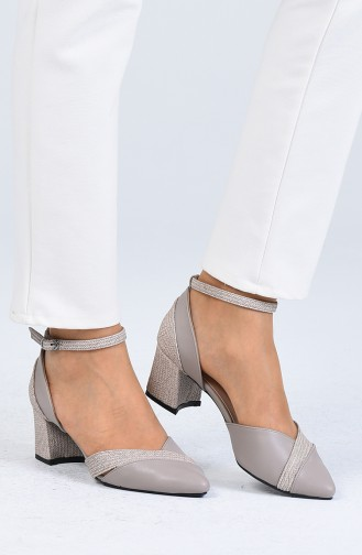 Gray Heeled Shoes 0060-04