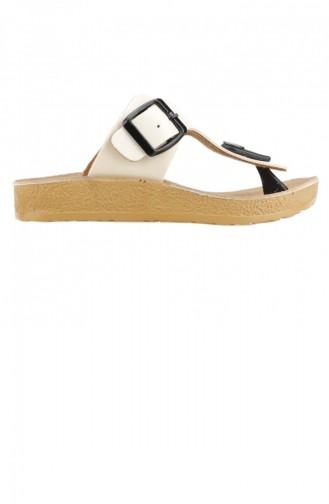 Beige Kid s Slippers & Sandals 19YAYAYK0000199_BJ