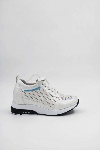 White Sneakers 00030.BEYAZ