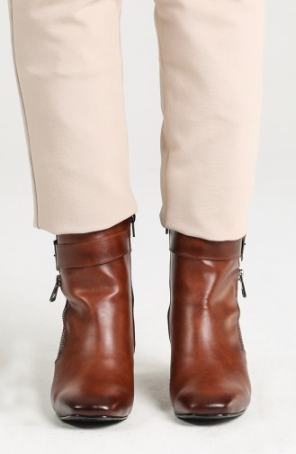 Women s Buckle Detailed Heeled Boots Sctk100-02 Tobacco 100-02