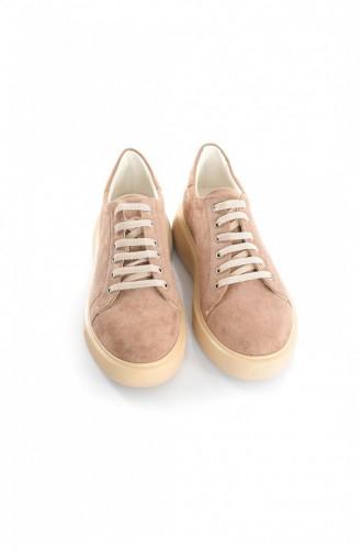 أحذية رياضية بني مائل للرمادي 1996.VIZON