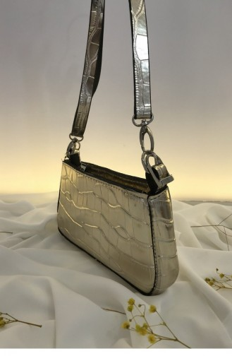 حقيبة يد لون ذهبي 000074.ALTIN