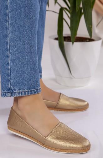 الأحذية الكاجوال لون ذهبي 301-04