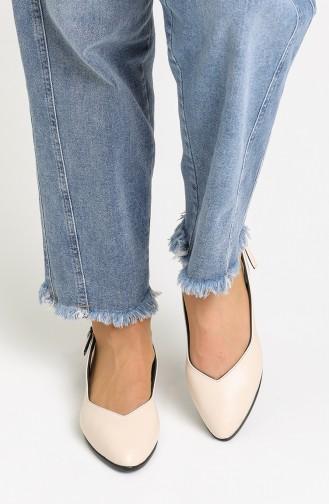 حذاء مسطح بيج 01-02