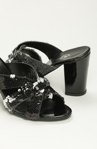 Bayan Pullu Topuklu Terlik Y11-8-02 Siyah