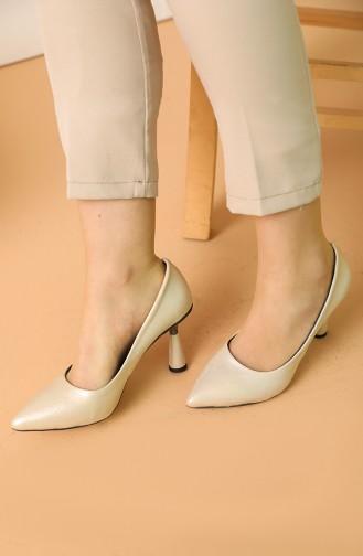 Golden High-Heel Shoes 017-05
