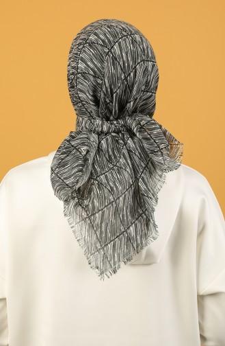 Siyah Beyaz Desenli Flamlı Eşarp 11536-05 Siyah Beyaz 11536-05