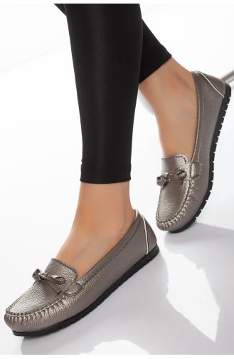 Chaussures de jour Gris argenté 11-01