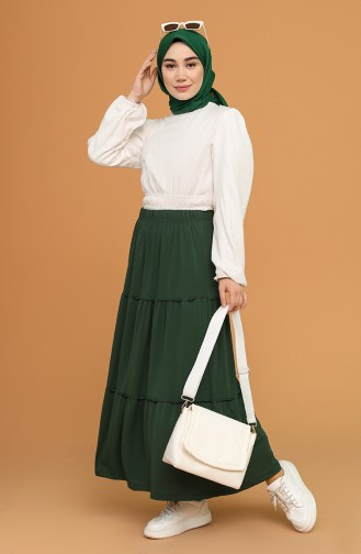Grass Green Skirt 8323-02