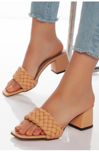 Kadın Topuklu Terlik HVZ32-01 Bej