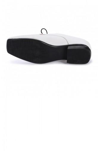 الأحذية الكاجوال أبيض 20KGUNAYK000009_A