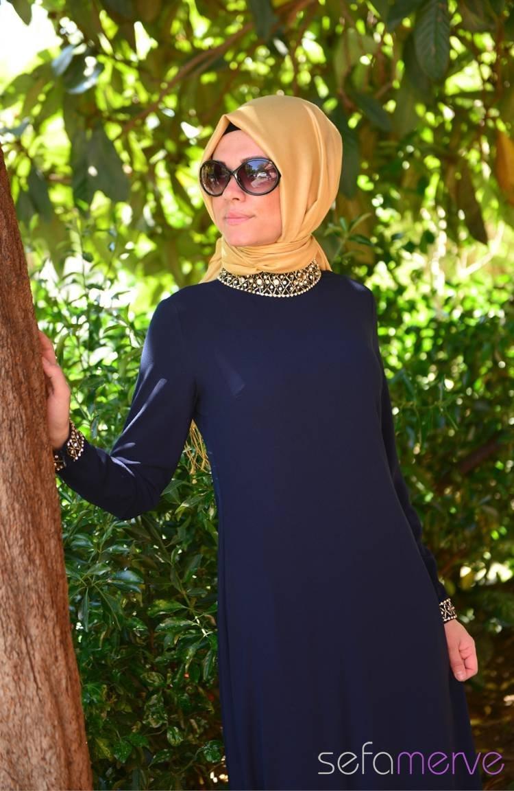 af97c96e0ed5c Famelin Tesettür Abiye Elbise 6050-02 Lacivert